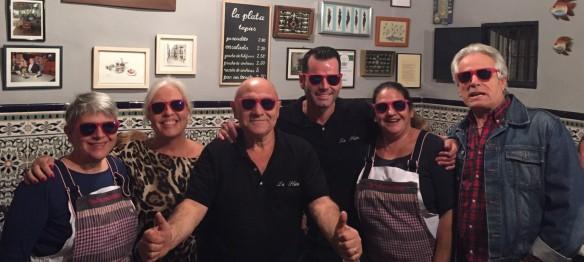 La Plata, el mejor bar de tapas de Barcelona, se suma al rosa.